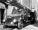 Picture of Berks - Newbury, Fire Brigade June 1950 - N1481