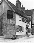 Picture of Kent - Cobham, Old Leather Bottle c1910s - N2036