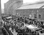 Picture of London - Petticoat Lane, Cloth Market c1910s - N958